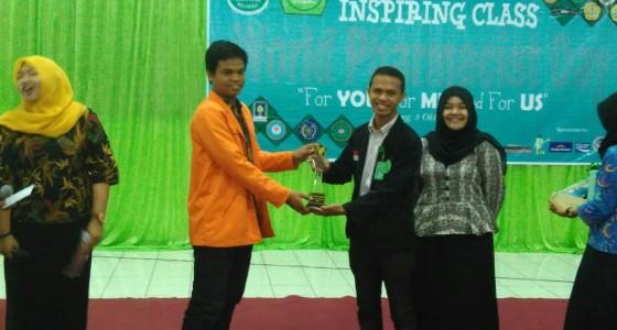 BEM Terfavorit ISMAFARSI Award